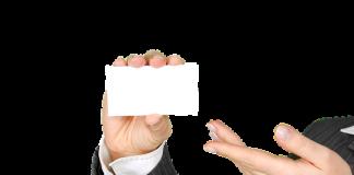 יתרונות וחסרונות בין כרטיס ביקור רגיל לכרטיס ביקור דיגיטלי